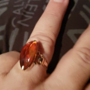 Amber gold ring size 8